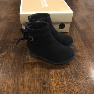 Michael Kors Black Toddler Booties size 5